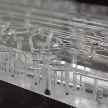 Diffusion Bonded Acrylic Manifold with Microfluidic and Burr Free Channels